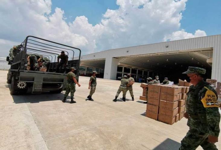 Traslada Sedena más de 30 tons de insumos médicos