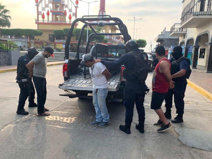 Guardia Nacional detiene tres hombres armados en Sayula