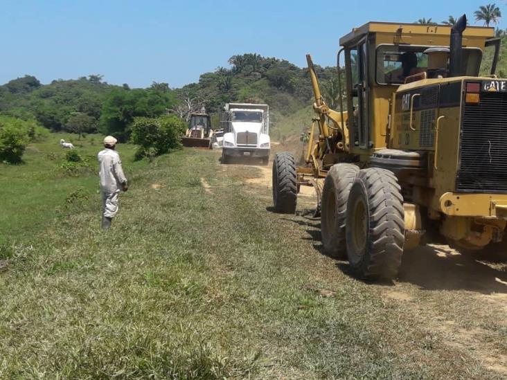 Destina más de 54 millones a zona rural en Minatitlán