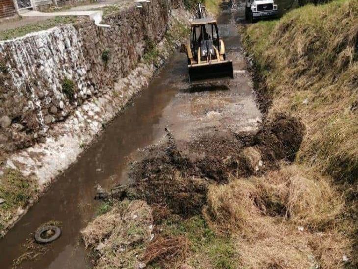 En Río Blanco, ayuntamiento inicia dragado en río La carbonera