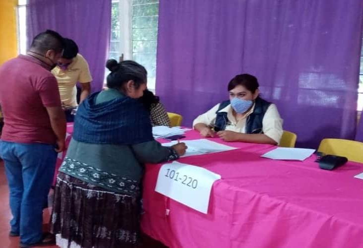 En Ixhuatlancillo, entregan despensas con recursos del Fortamun