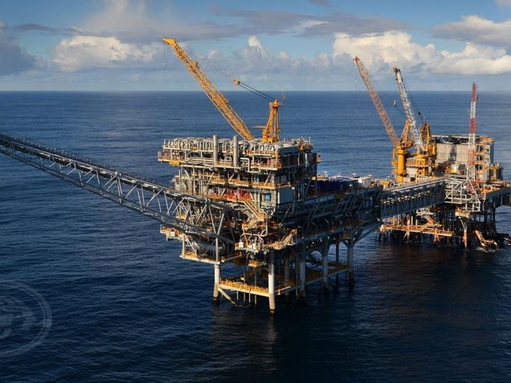 Modificarían programas de exploración y producción de hidrocarburos