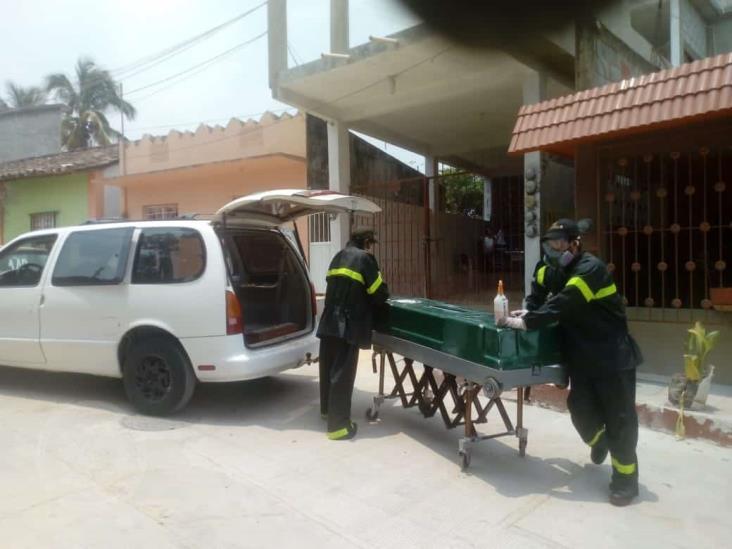 Aumentan casos de cremación de cadáveres en Acayucan