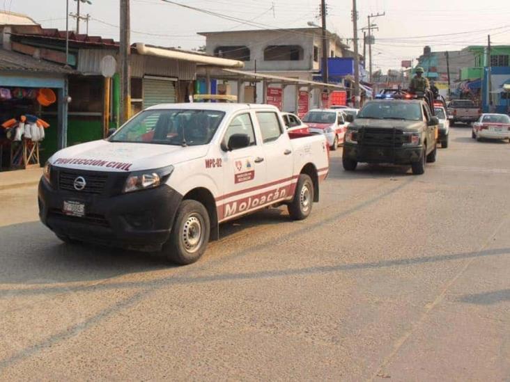 Van contra venta clandestina de bebidas embriagantes en Moloacán