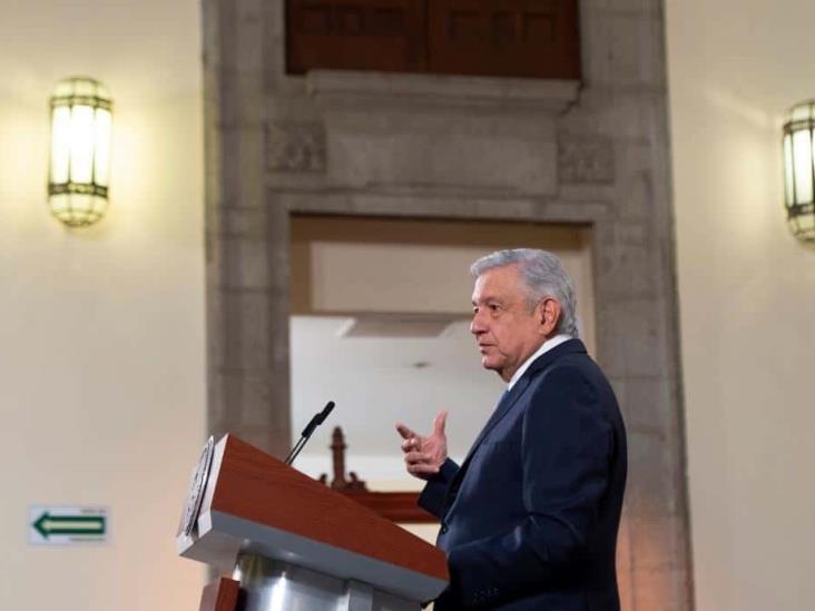 Expresa AMLO su desacuerdo por controversia del INE sobre los tiempos oficiales