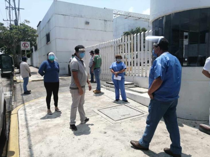 Regresa a labores personal de Salud en Veracruz no clasificado como de riesgo