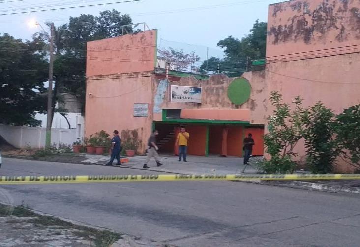 Asesinan a tiros a huésped de motel en Minatitlán