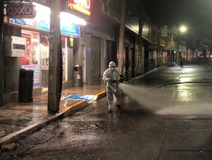 Incrementa PC acciones de limpieza: Desinfectan calles del centro de Minatitlán