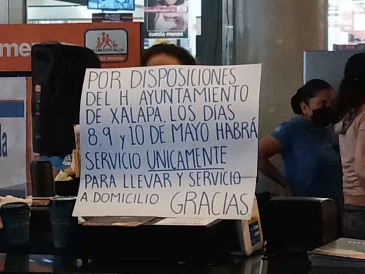 Autoridades en Xalapa verifican cierre de comercios