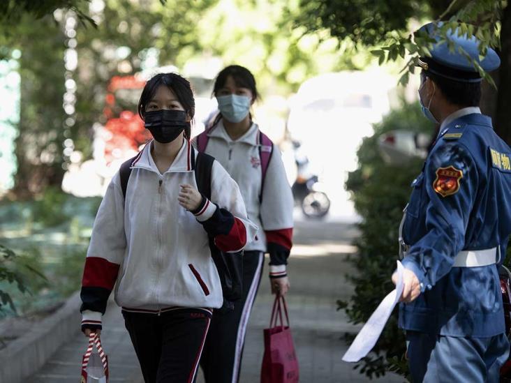 China aísla otra ciudad; van 17 nuevos casos de Covid-19