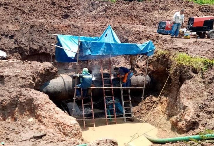 La CAEV y PMA reparan 5 fugas en tubería del acueducto Yuribia