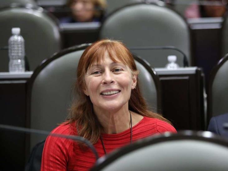 Veracruz dio un paso importante al reducir recursos a partidos: Tatiana Clouthier