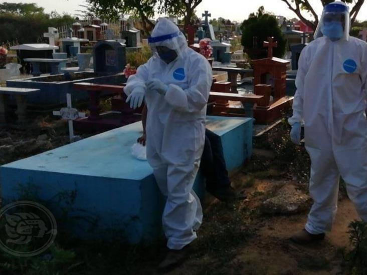 Restringidas visitas a cementerios de Minatitlán