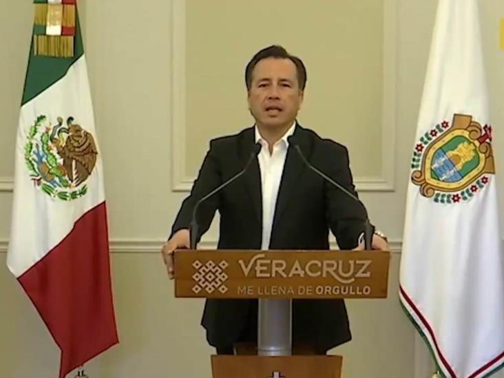 Felicita Gobierno de Veracruz a maestros por su ´noble labor´