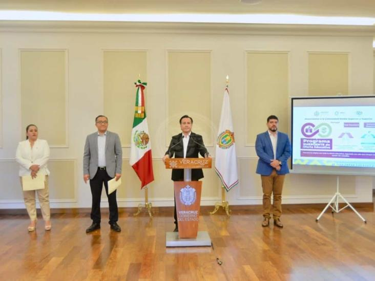 Regreso a clases en Veracruz, hasta pasar pico de pandemia: Cuitláhuac