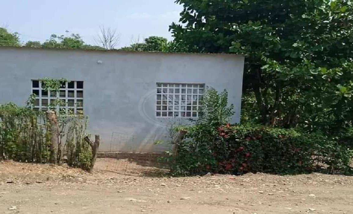 Pretenden despojar a acayuqueños de una vivienda en Los Gavilanes