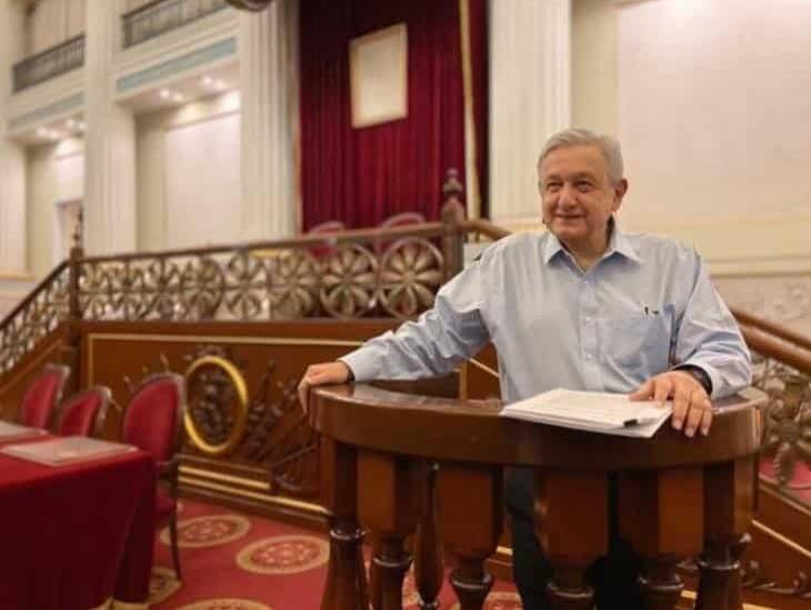 AMLO publica ensayo para combatir crisis económica