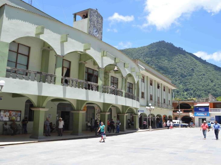 Chocan alcaldes de Zongolica y Texhuacan por supuesto caso de coronavirus