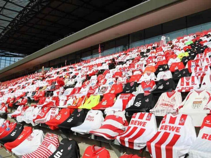 Aficionados ´presentes´ en estadio del FC Colonia