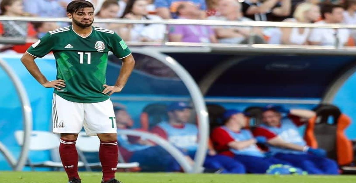 Carlos Vela dona playera del Tri y asegura que podría no usarla más