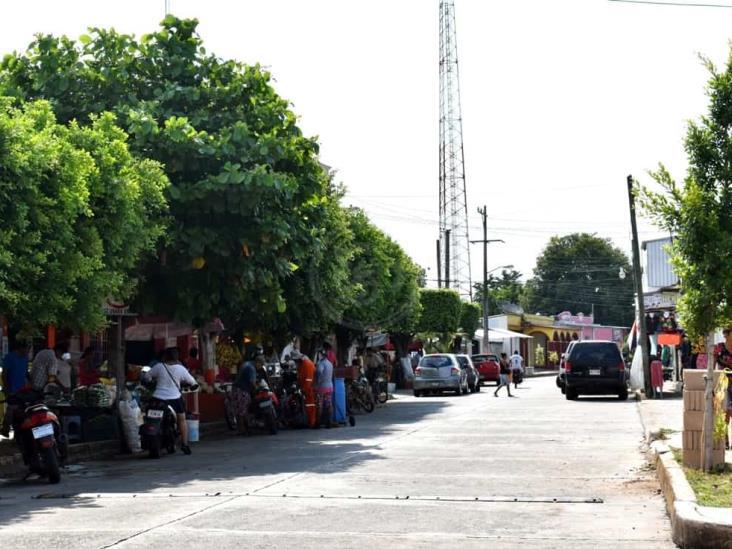 Mercado de Oluta sin control sanitario ante Covid-19