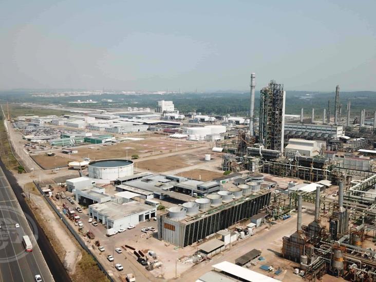 Procesarán 100 mil barriles diarios en Complejo Petroquímico Cangrejera