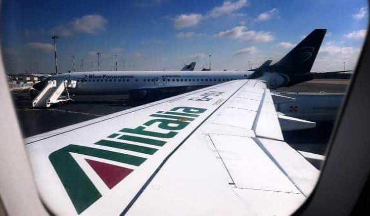 Italia y Grecia alistan la reapertura de sus aeropuertos