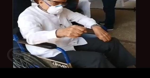 Alcalde de Minatitlán realiza sesión de cabildo en silla de ruedas