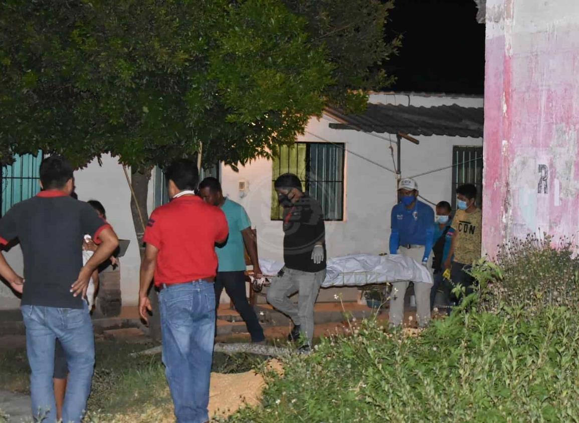 Albañil se suicida en Oluta tras golpear a su esposa y suegra