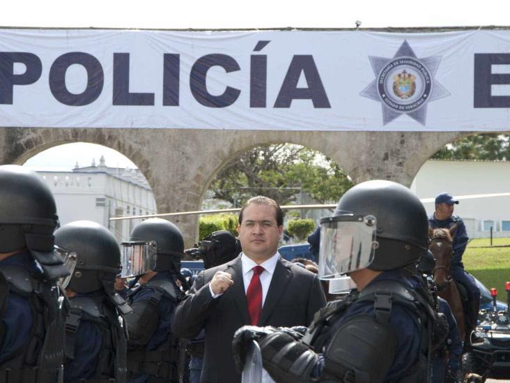 Javier Duarte debe ser investigado por desapariciones en Veracruz