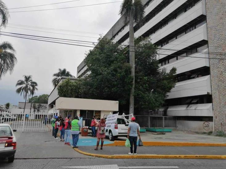 En Orizaba ovacionan a personal de Salud afuera de hospital