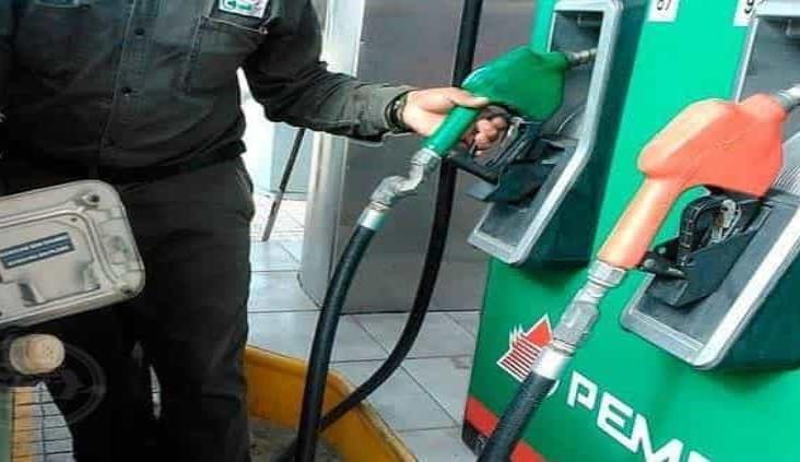 Pemex importó 50% más gasolina durante julio