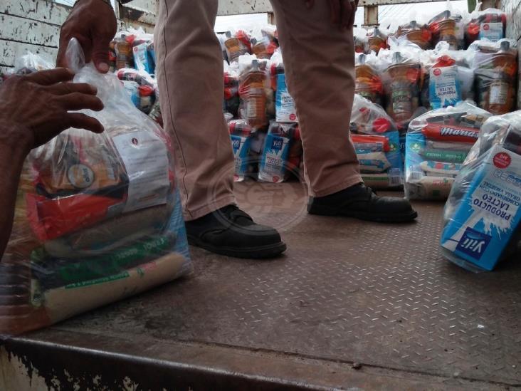 Por concluir entrega de 10 mil despensas del gobierno en Coatzacoalcos