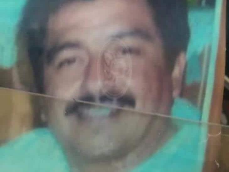 Fidencio Baños busca a su nieta en Coatzacoalcos