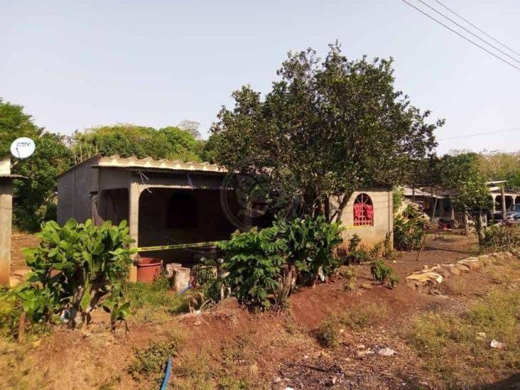 Joven se quita la vida al interior de su domicilio en Hueyapan de Ocampo