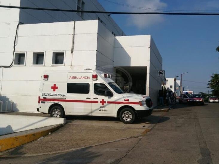 Intento de homidicio en Coatza; baleado alcanza a llegar al hospital