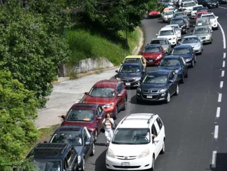 Tercera caravana anti AMLO recorre avenidas de Xalapa