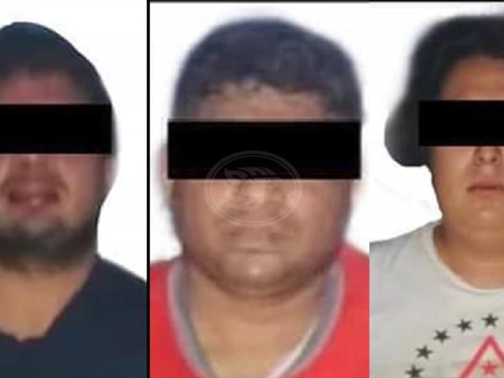 Vinculan a detenidos con ataque a la base de la FGR en Acayucan