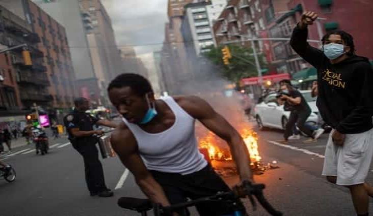 Nueva York alarga toque de queda por saqueos