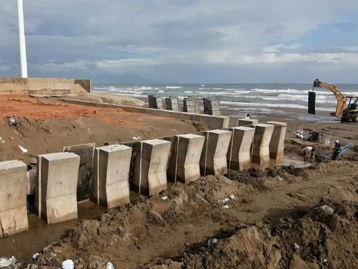 Continúan obras en Malecón Costero de Coatzacoalcos