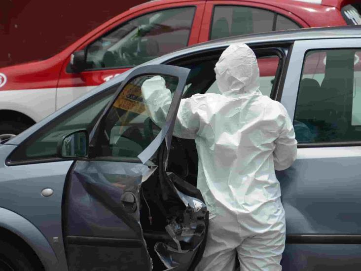 Hombre muere al interior de su vehículo en Veracruz