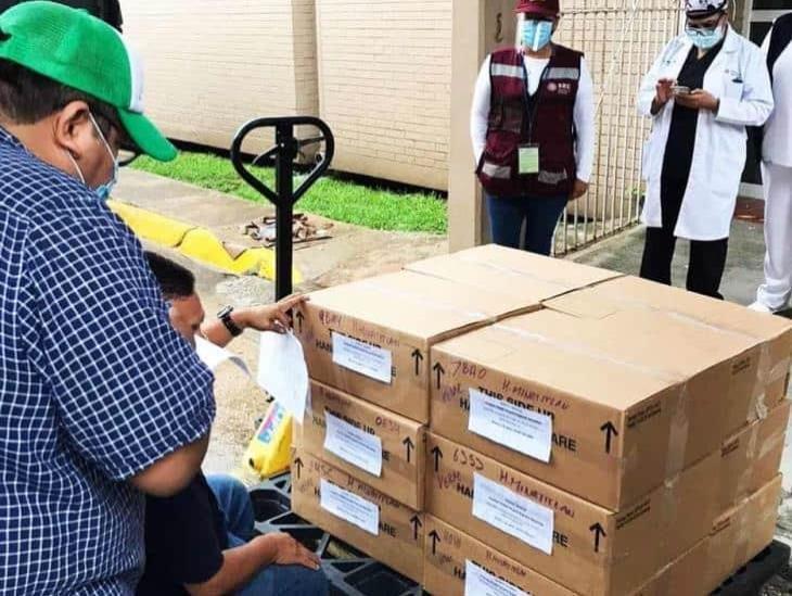 Dotan de 13 ventiladores hospital de Pemex en Minatitlán