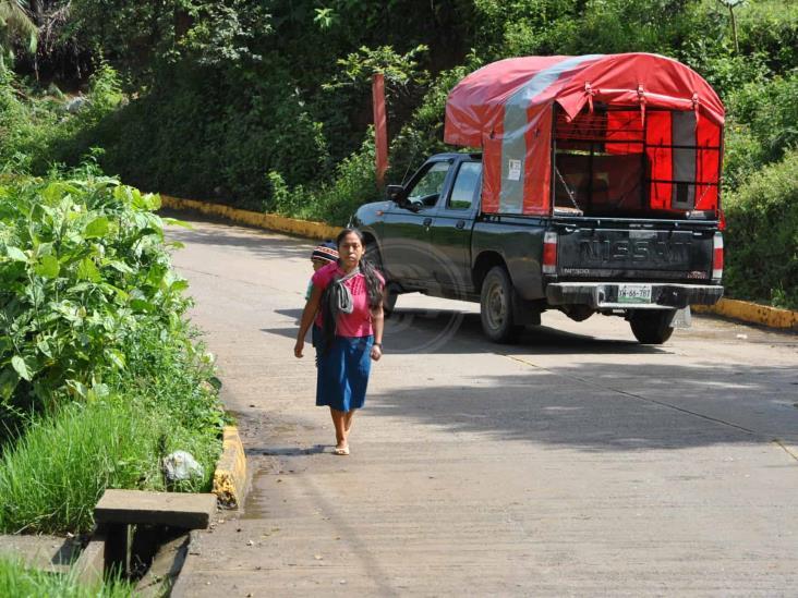 Atienden reclamo de concesiones para transporte mixto rural  en Huatusco