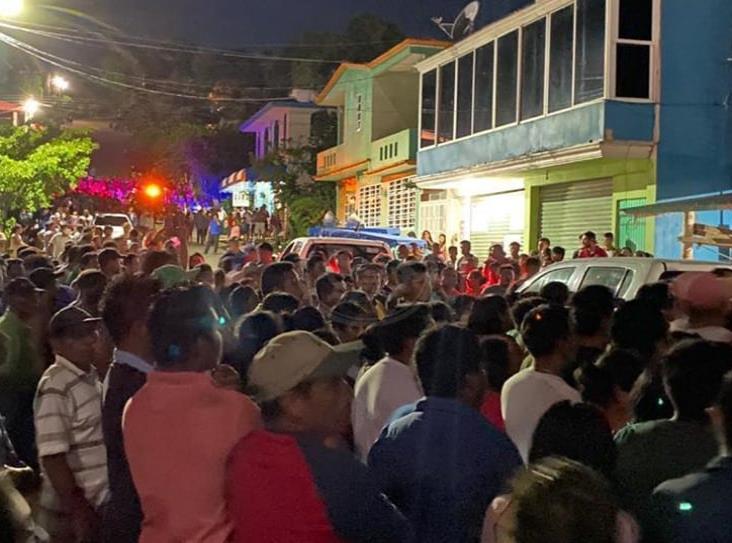 Tatahuicapan exige justicia para Dominga, atropellada por exalcalde Celerino Bautista