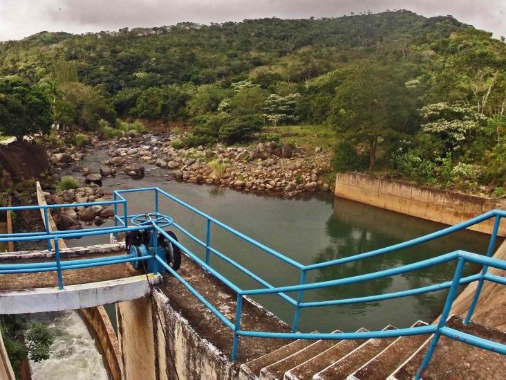 Pese a tormenta tropical, la presa Yuribia opera con normalidad