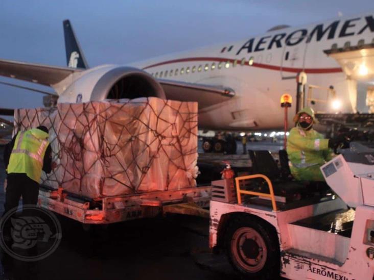 Llega a México el vuelo número 17 con 85 ventiladores para atención de pacientes