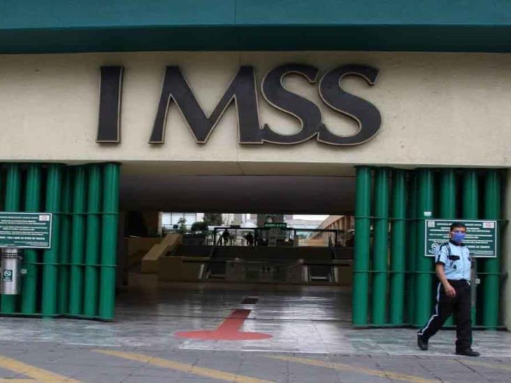 Tres funcionarios más del IMSS dan positivo a COVID-19