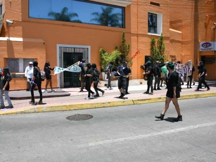 Identifican a responsables de disturbios de Xalapa; FGE a la caza