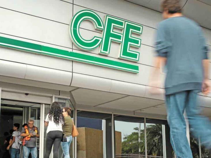 """CFE denuncia """"mercado negro de electricidad"""" operado por empresas privadas"""
