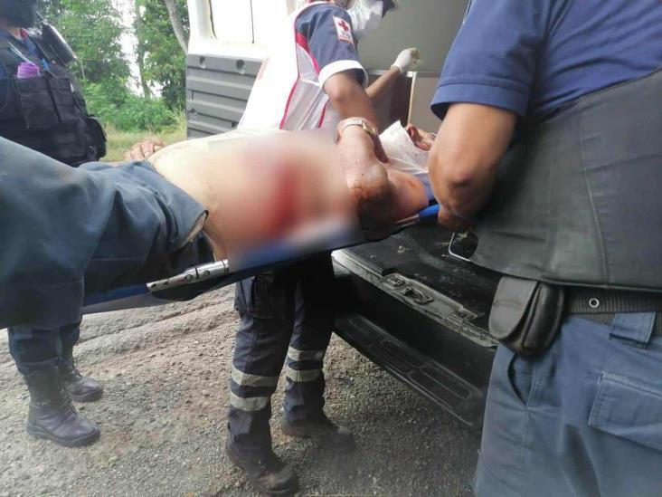 Agreden a machetazos a hombre en Martínez de la Torre